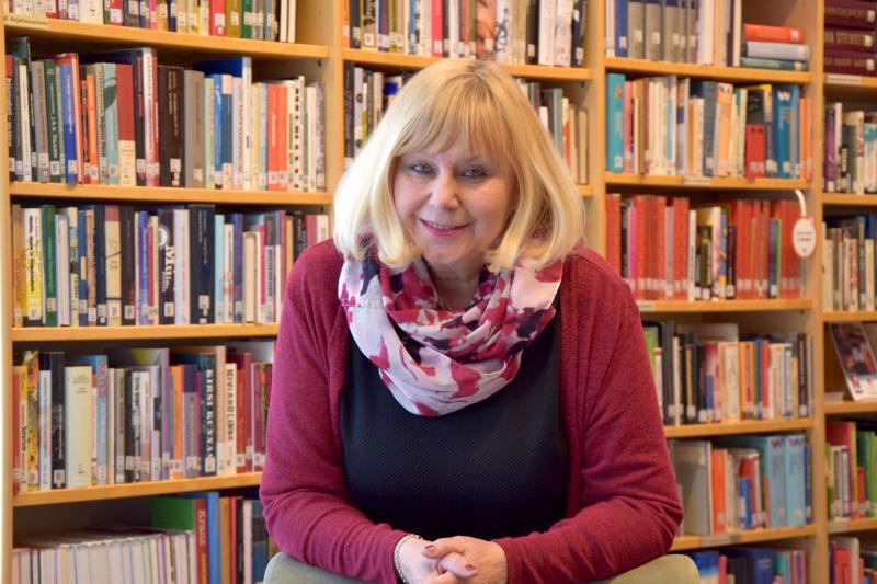Ulla-Mari Kivi on kirjoittanut kolme novellikokoelmaa. Nyt työn alla on kaksi kirjaprojektia.
