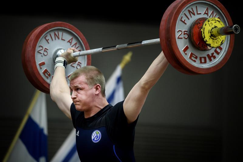 Jani Heikkinen nosti EM-lavalla 20:nneksi.