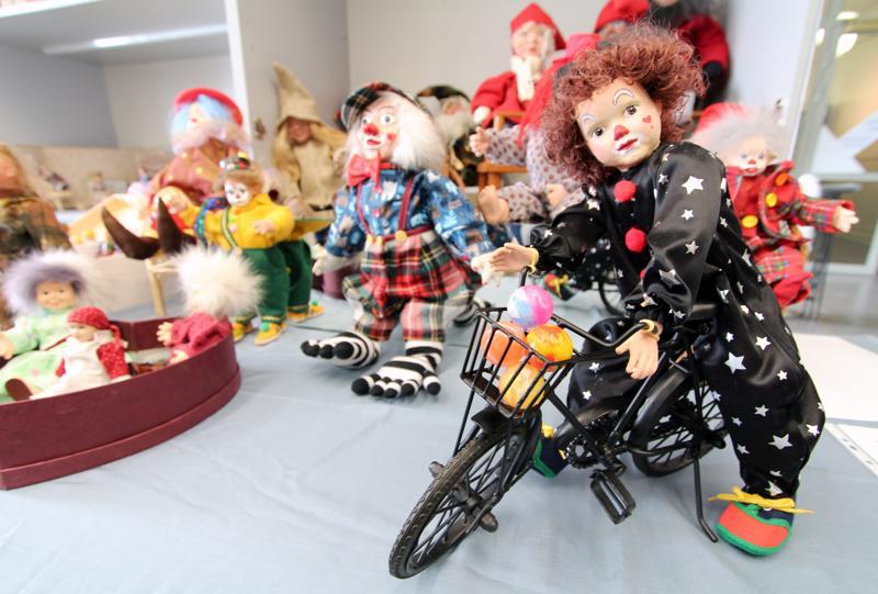 Kokkolan seudun opiston nukkekurssin teemana oli tällä kertaa sirkus.