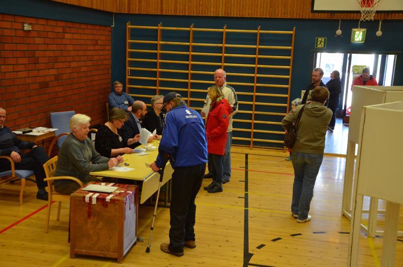Kokkolan Jokilaakson koululla äänestys sujui mallikkaasti.