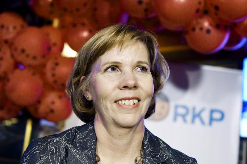 Anna-Maja Henriksson veti puolueensa historialliseen vaalivoittoon manner-Suomessa. RKP löi keskustan varsin selvin numeroin Vaasan vaalipiirissä.