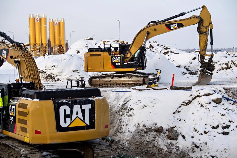 Pyhäjoen Hanhikiven niemellä rakennetaan parhaillaan itse ydinvoimalan rakentamiseen liittyviä tuki- ja huoltorakennuksia.