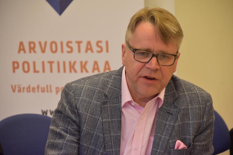 Luotolainen Peter Östman sai äskettäin käydyissä eduskuntavaaleissa reilut 6300 ääntä.