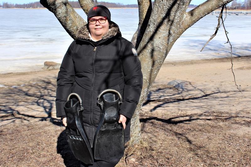 Pietarsaaren Urheilusukeltajat Diving-80 -yhdistyksen puheenjohtaja Elina Knutsin tulevaisuuden haaveena on nähdä Norjan rannikolle uponneita toisen maailmansodan aikaisia hylkyjä.