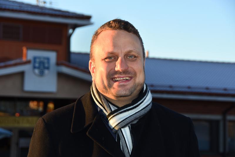 Kirjoittaja palaa opintovapaalta Haapaveden kaupunginjohtajaksi vapun jälkeen.