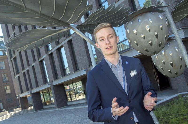 Valituksen Vetelin lukion lakkautuksesta tehnyt Hannes Torppa.
