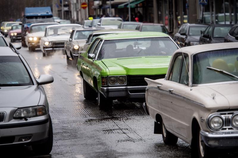 Autoilijoiden vappucruisingin idea on, että siihen voi osallistua millä tahansa autolla eikä sen välttämättä tarvitse olla jenkkivalmisteinen.