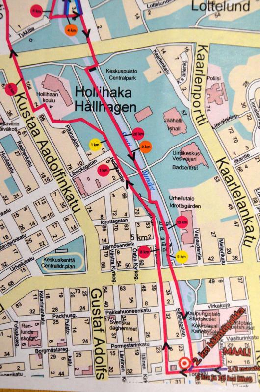 Suntin patotyömaa muutti hieman reittiä. Kartalla näkyy uusin reitti, jossa Sunti ylitetään alkuperäistä aiemmin tullessa kohti kauppatoria, jossa on tapahtuman lähtö- ja maalialue.