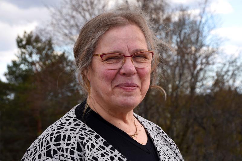 Helinä Niemelä aloitti työuran opettajana eikä luopunut opettajuudesta vaikka ammatti vaihtui maatilan emännäksi.