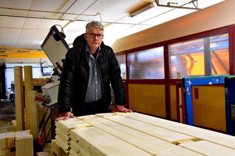 Onni Timlin luottaa siihen, että Suomen uusi hallitus ymmärtää puurakentamisen arvon. Yrittäjyyden arvon ymmärtämistä hän pitää epävarmempana.