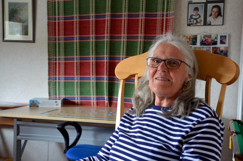Halsualainen Raija Mortensen sai tasavallan presidentin myöntämän äitienpäiväkunniamerkin.