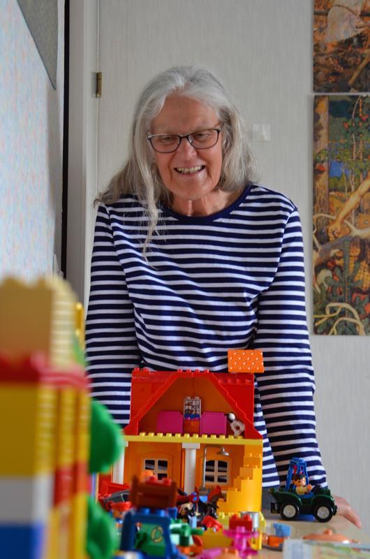 Raija Mortensen on toiminut myös perhepäivähoitajana. Leegohuoneesta on ollut paljon iloa lapsille.