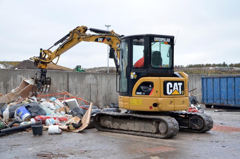 Hyvänkin lajittelun jäljiltä jää aina joitakin jätelajeja, joille ei uusiokäyttöä tai muuta käsittelyä ole tarjolla kuin sijoittaminen kaatopaikan penkkaan.