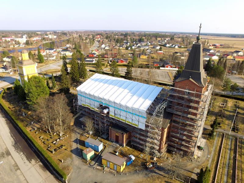 Kirkon remontin kokonaiskustannukset ovat noin 4,8 miljoonaa.