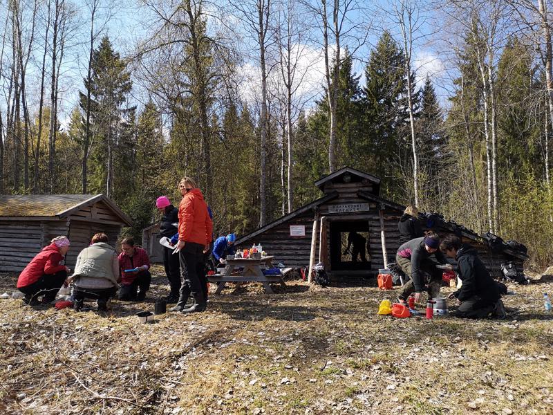 Haapakosken kotus löytyy Perhonjokivarrelta.