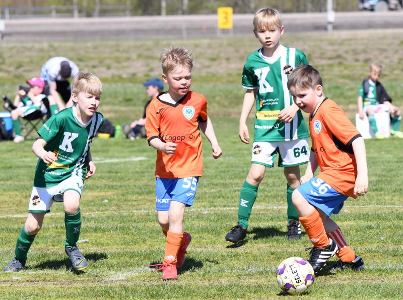 Ylivieska Cupissa nähtiin joukkueita ympäri Suomen.
