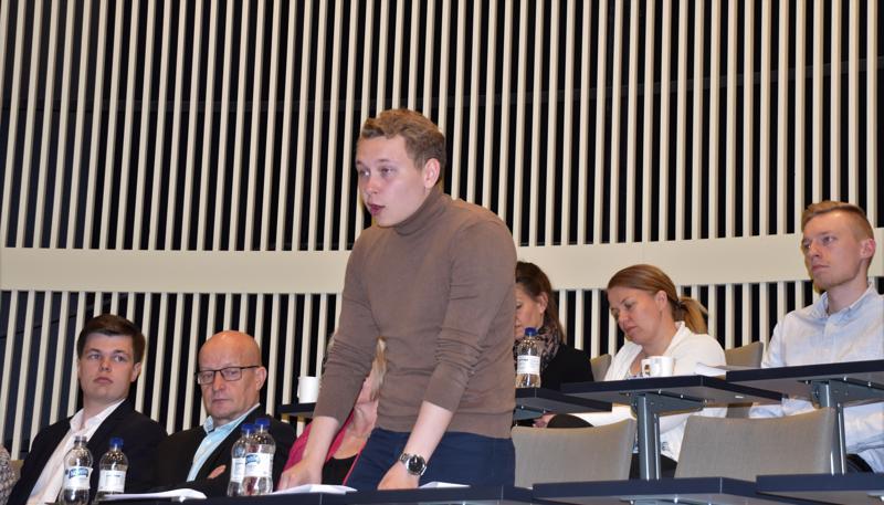 Kälviäläinen Oliver Pietilä on keskustan Keski-Pohjanmaan piirin ehdokas eurovaaleissa