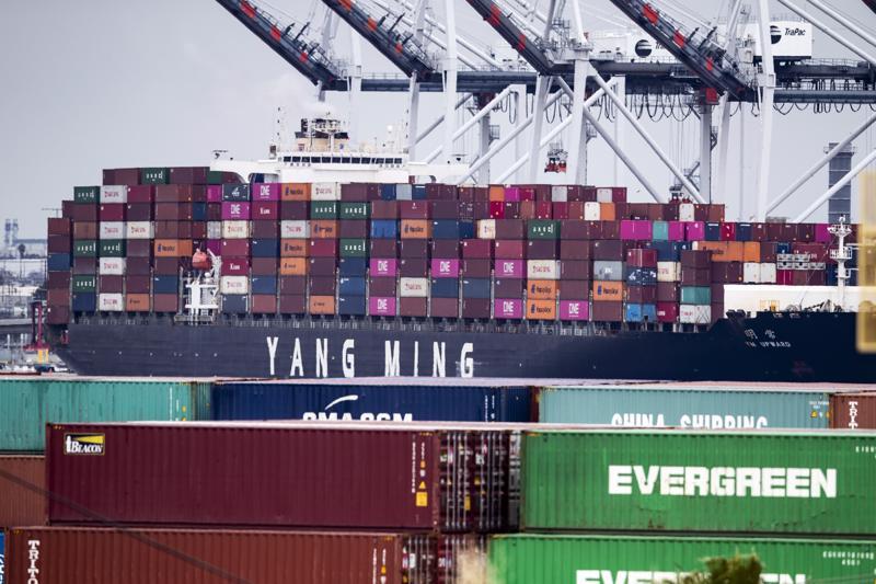 Donald Trump määräsi reilu viikko sitten uusia tulleja tietyille kiinalaisille tuotteille.