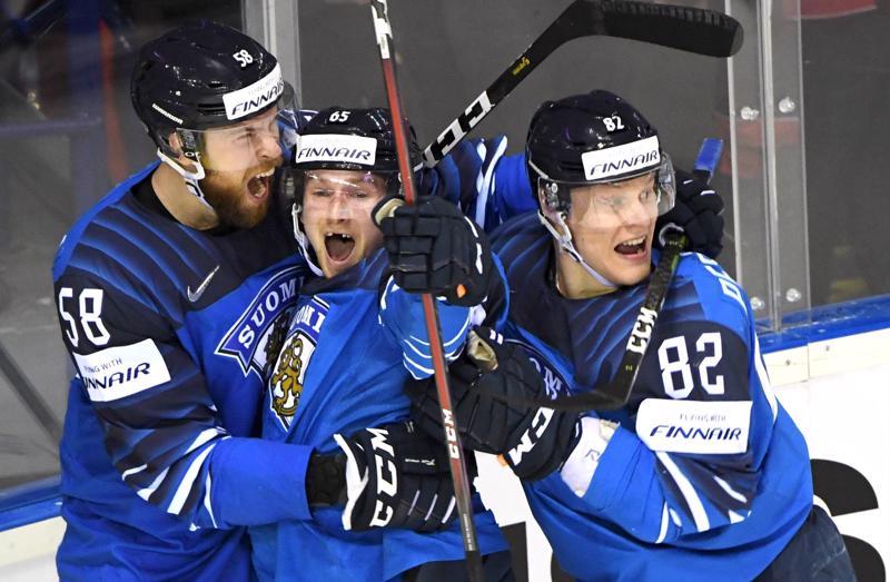 Jani Hakanpää, Sakari Manninen ja Harri Pesonen olivat järjestämässä uskomatonta yllätystä MM-jääkiekossa.