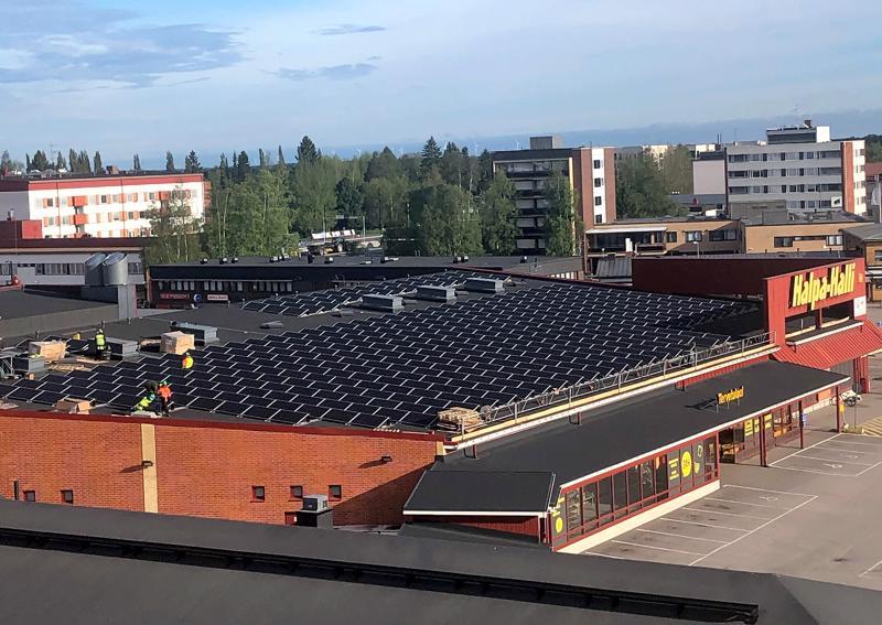 HalpaHalli on panostanut viime vuosina aurinkoenergiaan. Kuva on lukijan lähettämä.