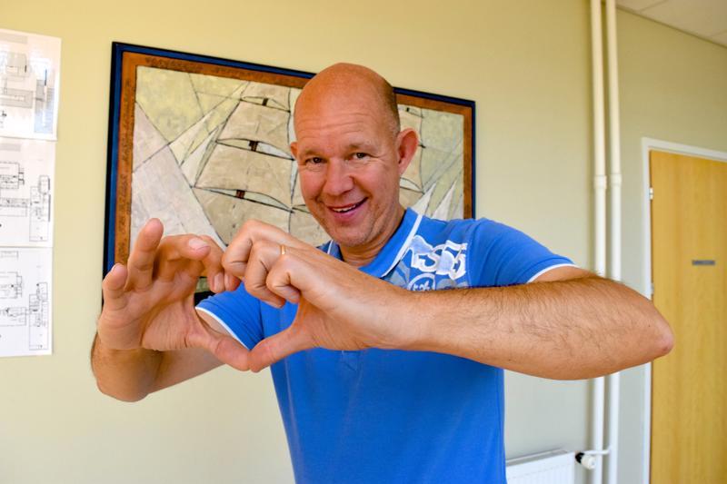 Leijonasydämen omaava Kaj Kunnas puhui Pietarsaaressa muun muassa voittamaan oppimisesta.
