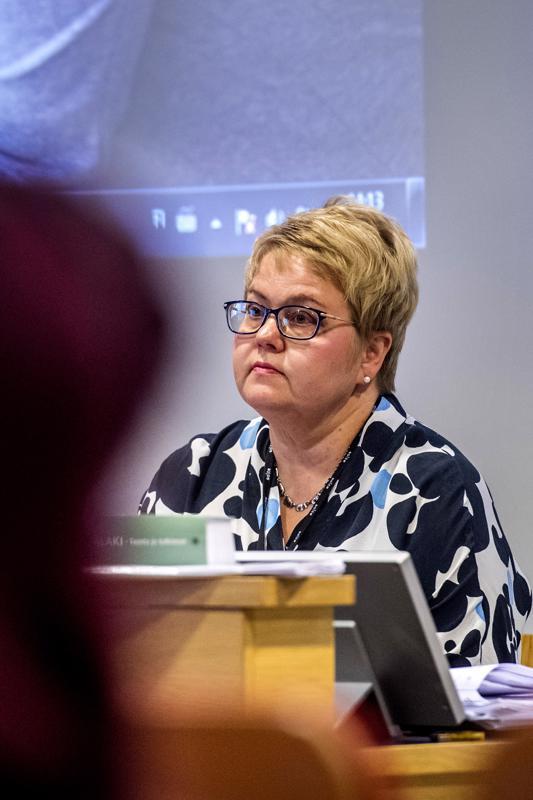 Toimitusjohtaja Minna Korkiakoski-Västi joutui yllättävään tilanteeseen.