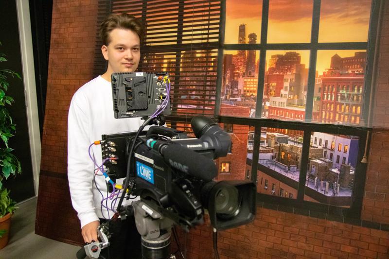 Joakim Englund erikoistui opiskeluissaan video- ja elokuvatuotantoon.