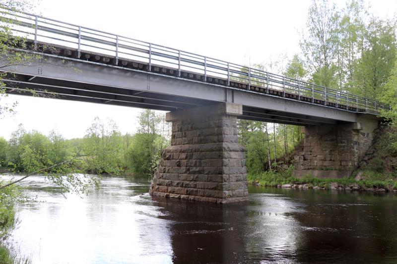 Sairaalansilta, Tunkkarin silta.