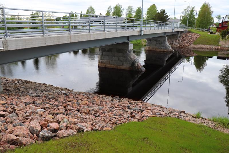 Rauman silta Salonkylässä.