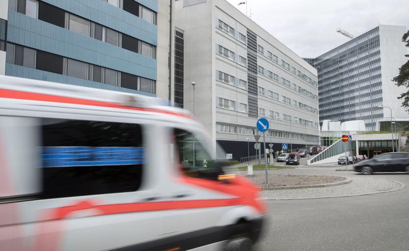 Nuorten aikuisten masennuksesta ja ahdistuksesta johtuvat sairauspoissaolot ovat kasvussa, mutta eniten suomalaiset potevat yhä tuki- ja liikuntaelinsairauksia. Kuvituskuva.