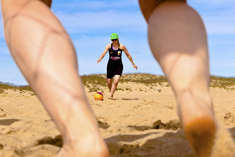 Pallo saa jälleen kyytiä Kalajoen hiekoilla tulevana viikonloppuna.