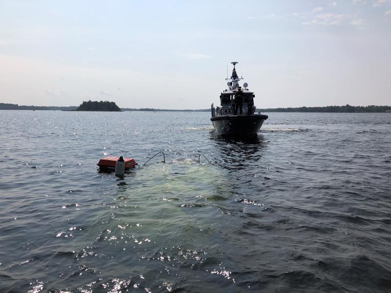 Vesibussi upposi merenpohjaan matkalla Mässkärin saarelle Pietarsaaren edustalla viime vuoden elokuussa.