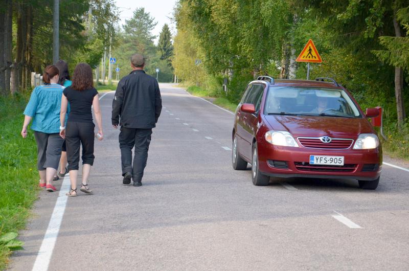 Ylivieskassa Koskipuhdontie aiotaan sulkea ajoneuvoliikenteeltä Palkkitieltä lähtien Savontien suuntaan.