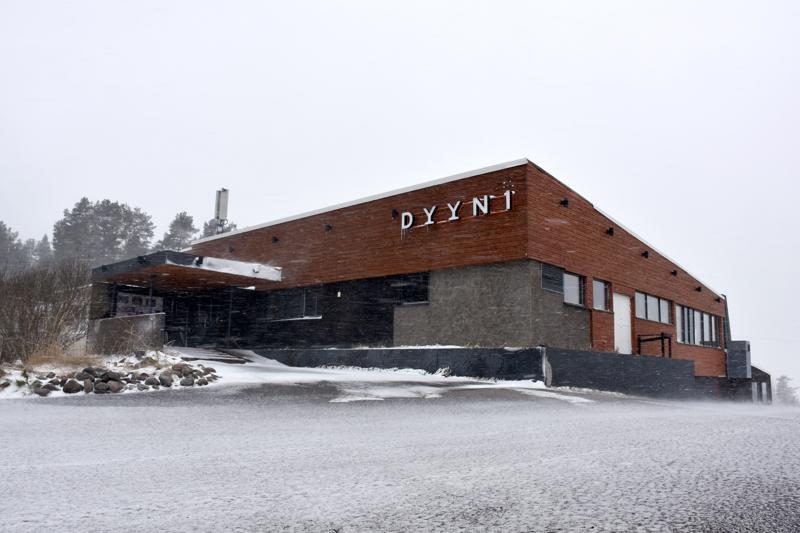 Ravintola Dyyni jatkaa Tuomitavernan kiinteistössä ainakin syyskuun loppuun saakka.