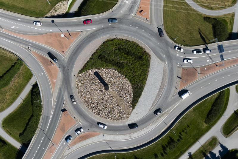 Vaasantien kiertoliittymä on yksi liikenneonnettomuuksien kasaumakohdista Kokkolassa.