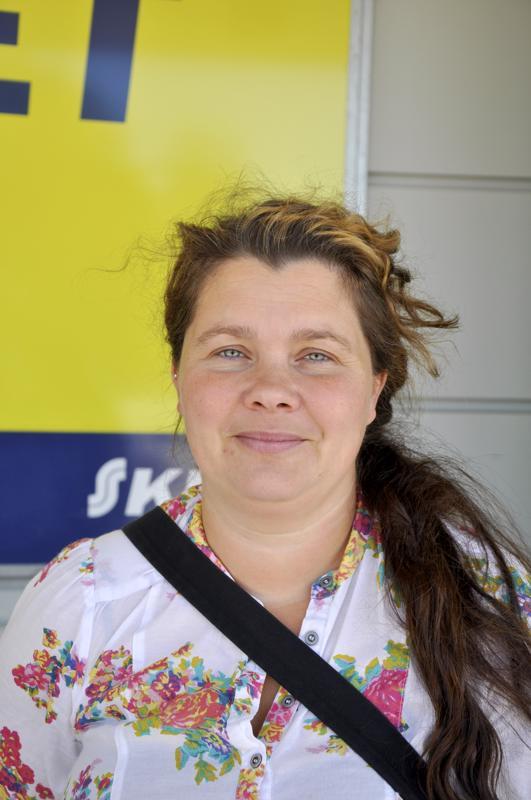 Annika Sundell, Kokkola- Perinteinen lakritsatuutti, se tulee yleensä ostettua.