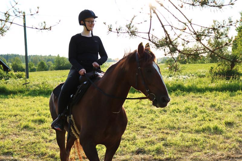 Ratsastaminen ei pelottanut minua lainkaan, päinvastoin olin enemmän kuin innoissani!