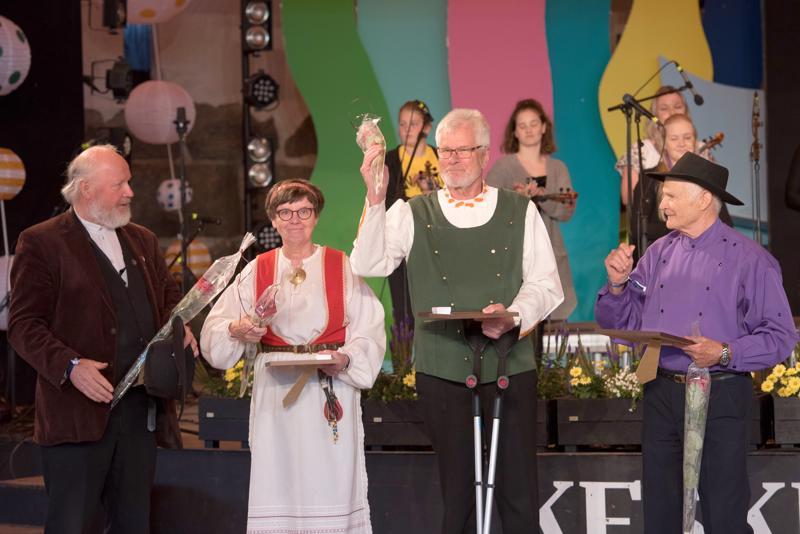 Seppo Kononen sai festivaaliplaketin. Ritva Talvitie ja  Aimo Ruisniemi nimitettiin mestaripelimanneiksi ja Toivo Rajala mestarikansanlaulajaksi.
