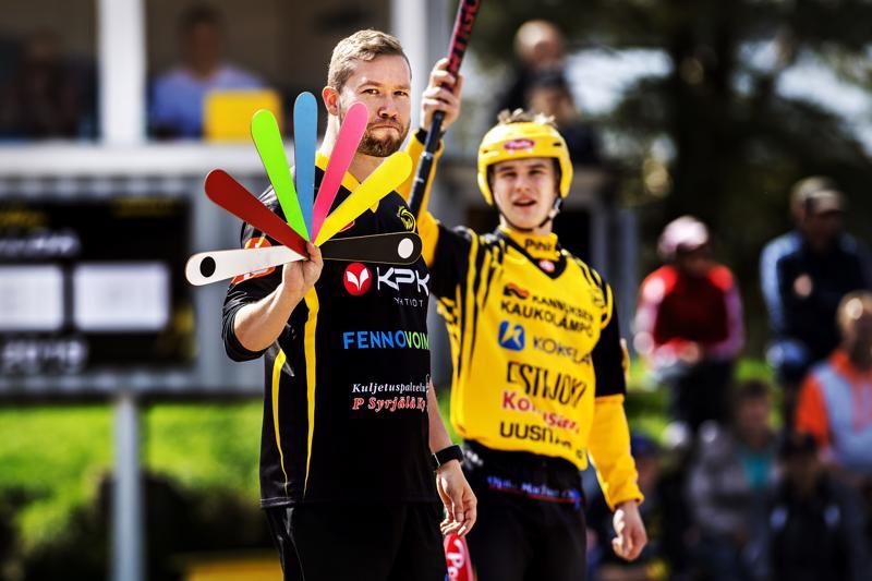Uran pelinjohtaja Eetu Rekonen joutui harmittelemaan, kun joukkue hukkasi toisen jakson painostushetkensä.