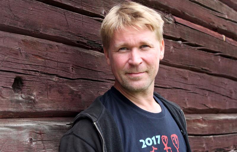 Näyttelijä Matti Ristinen.