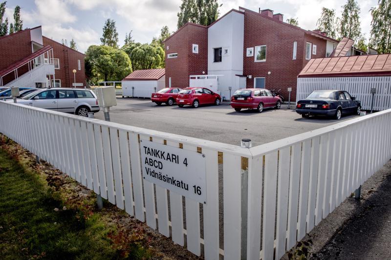 Vidnäsinkadun opiskelija-asunnot ovat halutuimpia, sillä ne sijaitsevat aivan kampuksen kupeessa.