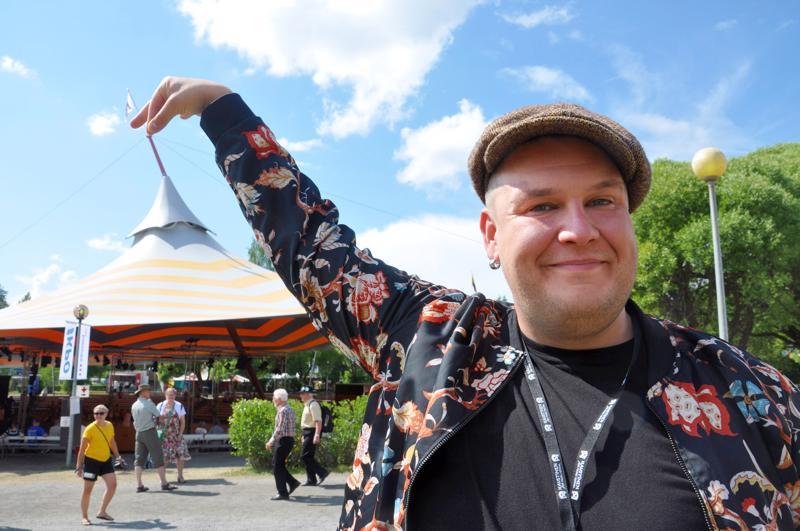 Näyttelijä Mikko Penttilä valittiin vuoden ulkokaustislaiseksi. Arkistokuva.