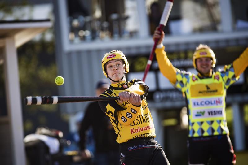 Kuuden pisteen peli. Vain voitto päävastustaja Simon Kiristä lienee tyydyttävä tulos Miika Kanalan ja Pete Seppälän edustamalle Kannuksen Uralle.