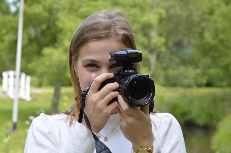 Iida Lesell' kuvaa mieluiten muotokuvia.