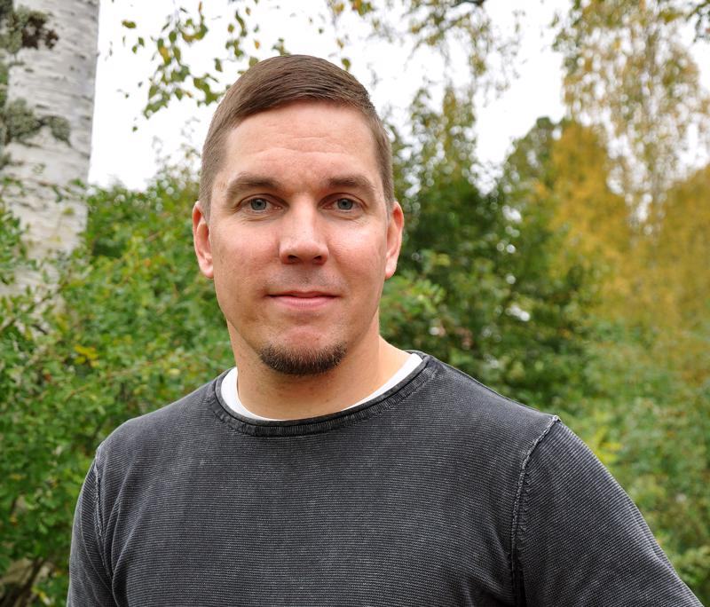 Marko Pehkonen on Pyhäjärven kaupungin vapaa-aikaohjaaja ja ensimmäisen Vuoden Valopilkku -palkinnon saaja.