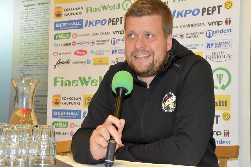 Kovat kotijoukkueet puuttuvat tällä hetkellä Veikkausliigasta, tuumaa KPV:n päävalmentaja Niko Kalliokoski.