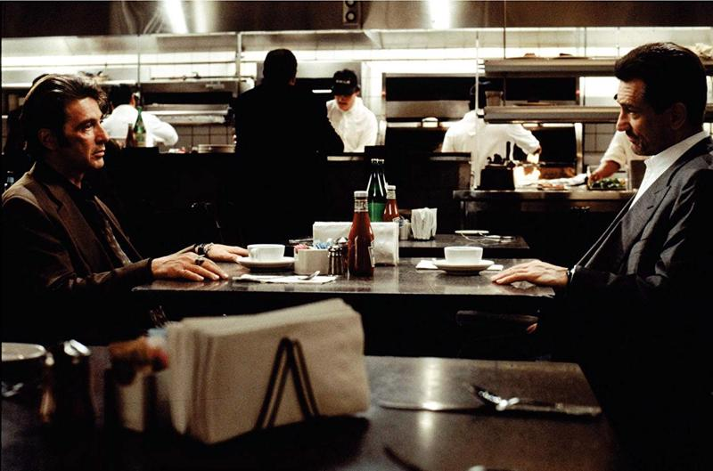 Titaanien sähköinen kohtaaminen: Robert De Niro ja Al Pacino.