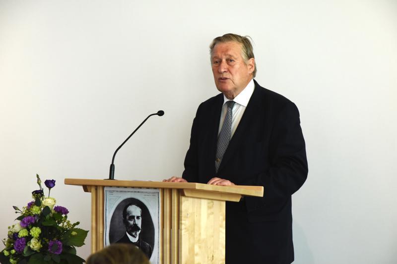 K.J.Ståhlbergin säätiön puheenjohtaja Pekka Hallberg korosti juhlapuheessaan Ståhlbergin ymmärrystä heikompiosaisia kohtaan ja tasavaltalaista ajattelua.