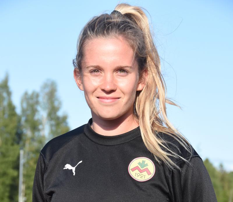 Myranissa pelaava Laura Wentjärvi on vaikuttunut Alavetelin ottelutapahtumista ja tunnelmasta.