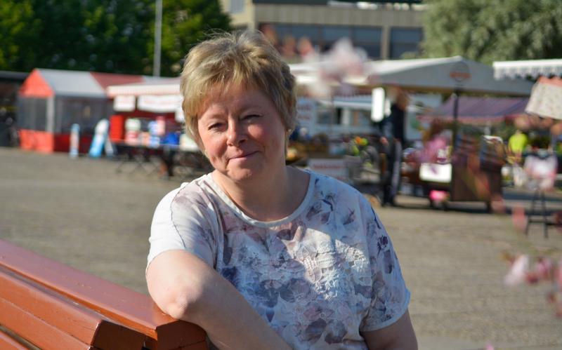 –Viikonloppuisin on mukava käydä torilla aistimassa tunnelmaa. Välillä mukaan tarttuu mansikoita ja välillä mustikoita, kertoo Kokkolan kaupunginjohtaja Stina Mattila.